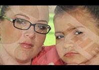 Una madre británica infiltra botox a su hija de ocho años para eliminar las arrugas