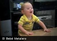 Lo Último: Este bebé está listo para ir a un concierto de metal (+Video)