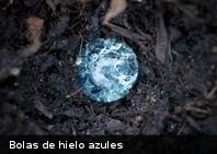 Misteriosas «bolas de hielo azules» caídas en jardín causa debate sobre los ovnis