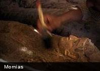 Encuentran una veintena de momias en Egipto