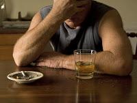 Fumar y beber mucho deterioran la mente