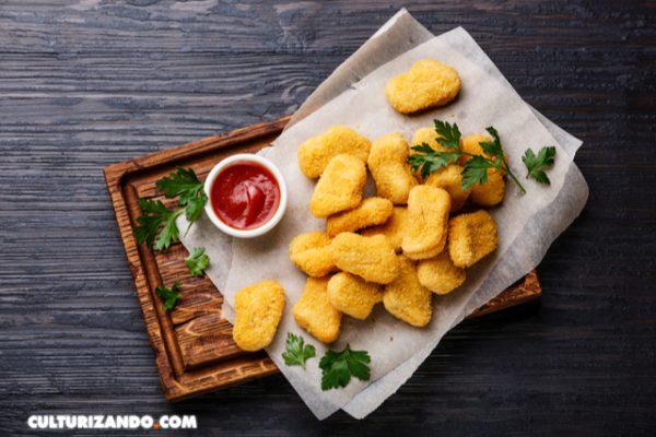 ¿Qué hay dentro de los nuggets de pollo?