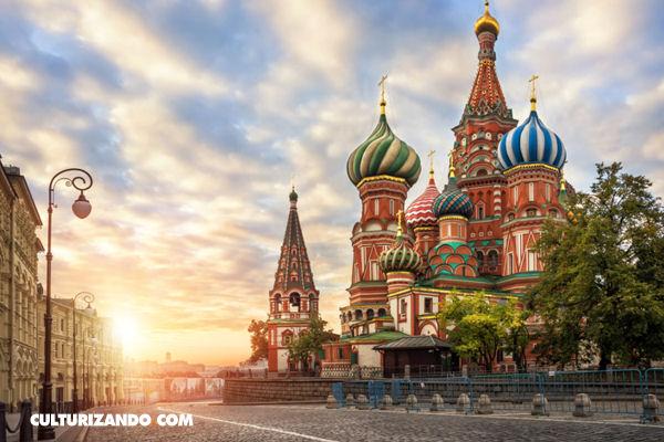 La historia de la Revolución rusa