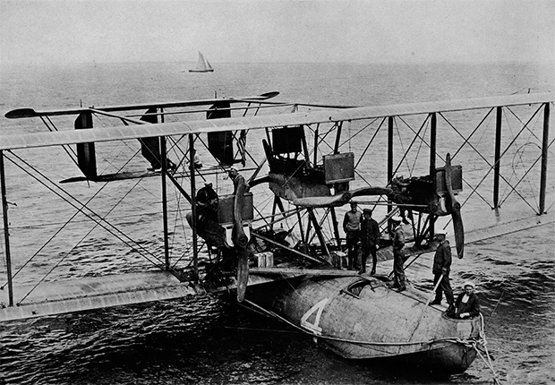 Primer vuelo atlántico curtiss_lisboa_1919