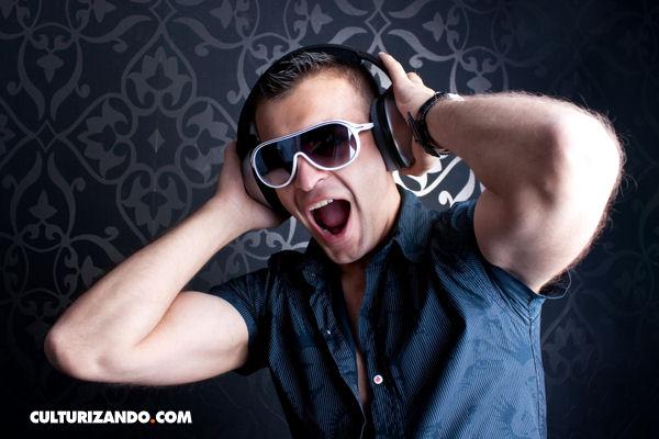 Quítate los audífonos un segundo y presta atención a lo que es el Tinnitus