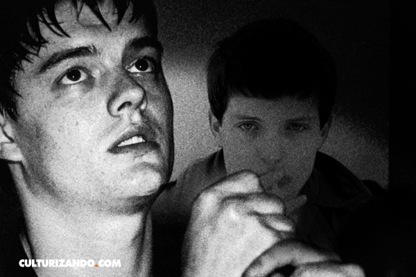 Recordando a Ian Curtis, el Poeta Maldito del Rock (+Video)