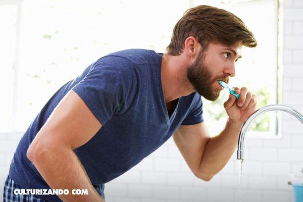 La curiosa historia del cepillo de dientes