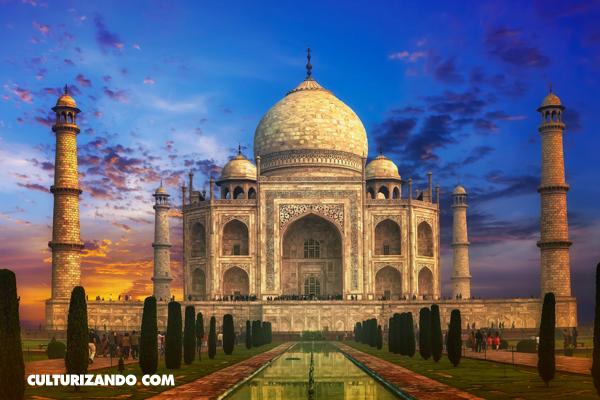 ¿Quién inspiró la construcción del Taj Mahal?