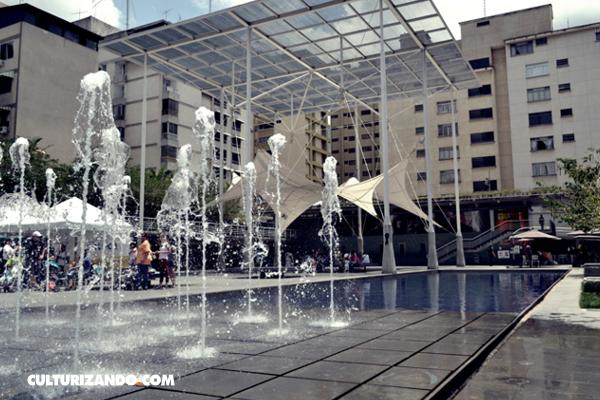 Plaza de Los Palos Grandes - Caracas / Wikimedia