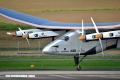 El avión Solar Impulse II completa la vuelta al mundo en 16 meses