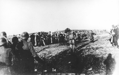 execution_of_serbs_in_kragujevac_on_21_10_1941