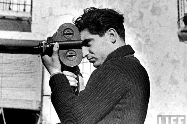 10 impactantes fotografías bélicas bajo el lente de Robert Capa