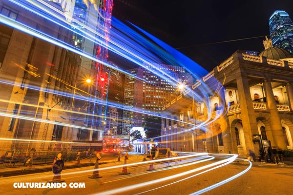 La Nota Curiosa: ¿Qué nos ocurriría si viajáramos a la velocidad de la luz?