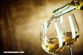 El vino blanco podría aumentar el riesgo de melanoma