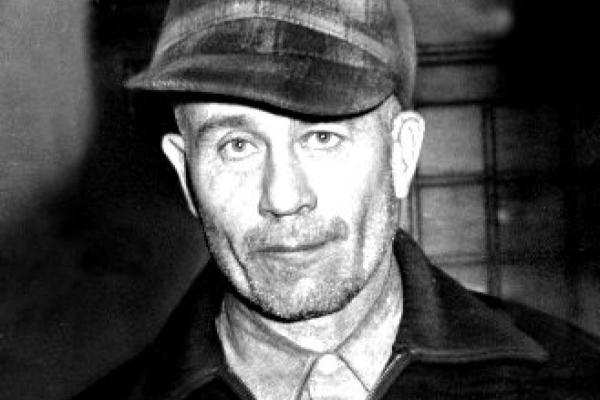 Las macabras creaciones del asesino serial Ed Gein (+ Imágenes)