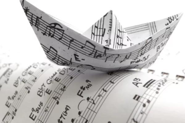 Conoce 10 grandes músicos que no aprendieron a usar partituras