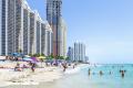 Advierten por bacteria mortal en playas de Florida