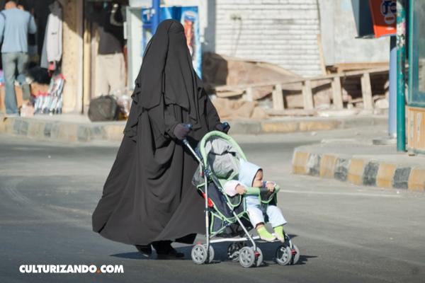 La historia de la Burka (+guía para diferenciar)