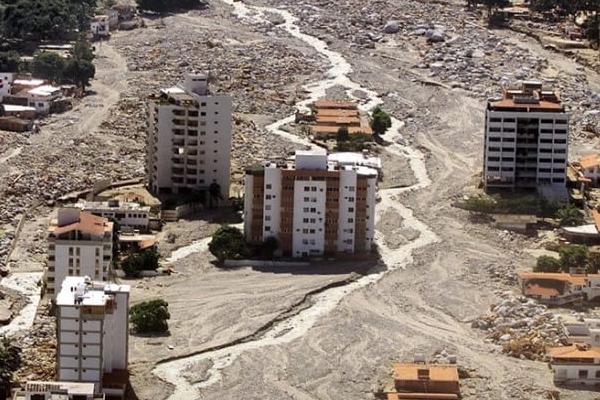 La tragedia de Vargas, el día que la montaña avanzó hasta el mar