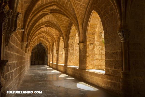 ¿Vivir dedicados al conocimiento? Los maravillosos secretos tras la vida en un monasterio