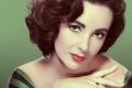 En Imágenes: La juventud de Elizabeth Taylor, la mujer de los ojos violetas (+Frases)