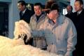 Vinalón, la extraña tela norcoreana confeccionada con piedras y carbón