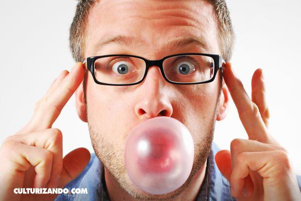 Beneficios –y desventajas- de masticar goma de mascar
