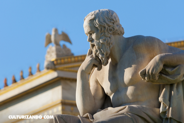 ¿Qué es la 'mayéutica'? La filosofía de enseñanza de Sócrates