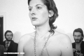 Rhythm 0: Una performance peligrosa de la artista Marina Abramović