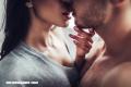 ¿Cómo se convirtió el beso en el epítome del romanticismo poético?