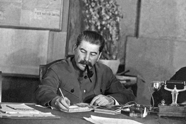 La agonizante muerte del sanguinario Iósif Stalin