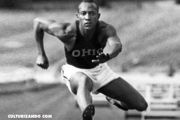 Jesse Owens, el atleta afroamericano que ridiculizó a Hitler en los Juegos Olímpicos de 1936