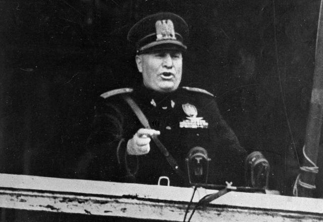 historia de Benito Mussolini
