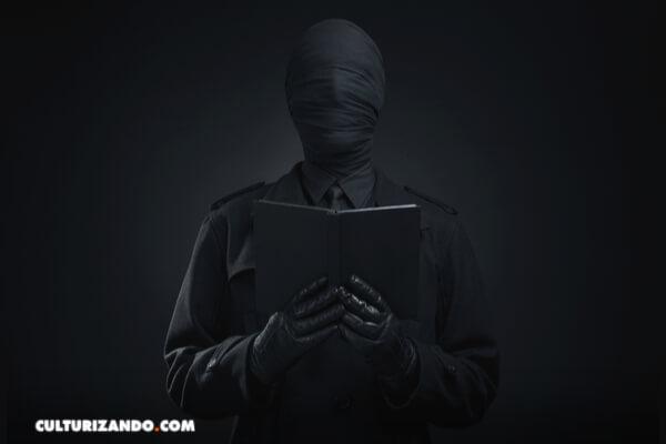 Los 5 libros más 'peligrosos' y prohibidos del mundo
