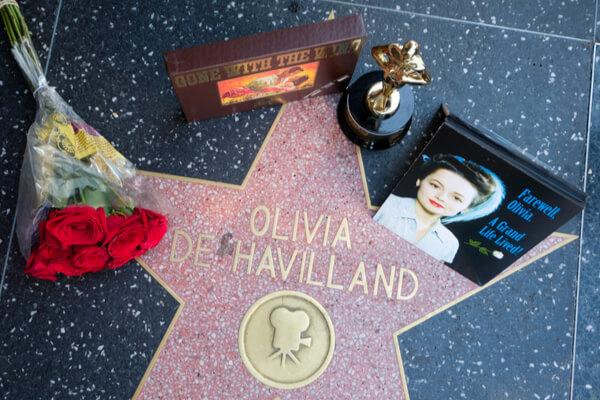 Olivia de Havilland: la última estrella del Hollywood de oro