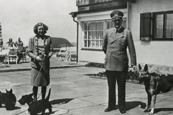 Hitler en casa: cómo la máquina de relaciones públicas nazi reinventó la imagen doméstica del Führer y engañó al mundo