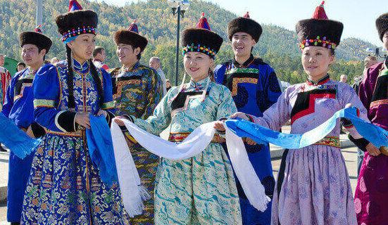 """¿Se pueden cantar dos notas distintas a la vez? ¡Conoce el """"canto de garganta mongol""""!"""