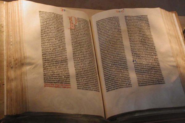 Conoce la Biblia de Gutenberg y por qué es tan importante para la historia