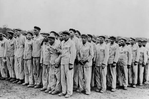 El triángulo rosa: la marca para los homosexuales en la Alemania nazi