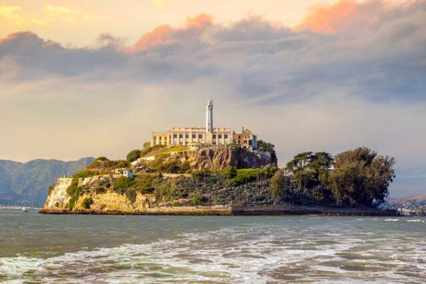 Conoce la historia de la controvertida y misteriosa prisión de Alcatraz