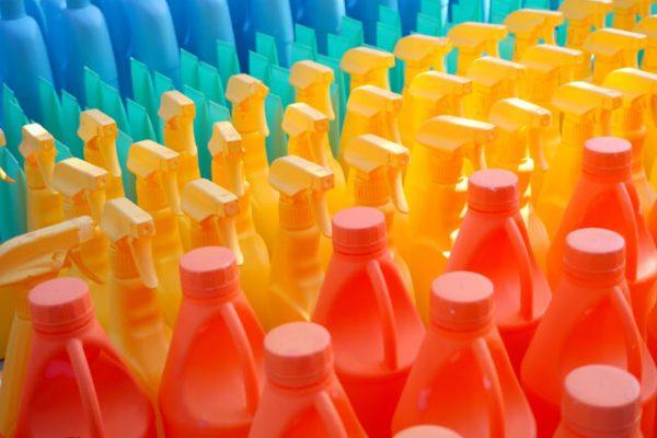 Lo que debes saber de los envases de plástico para productos químicos