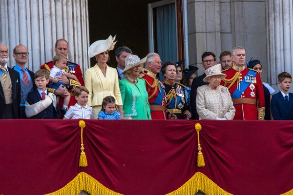 Aparte de Meghan Markle y el príncipe Harry… ¿Qué otras polémicas ha tenido la monarquía británica?