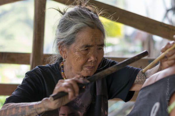 Whang-od, la tatuadora de la tradición más longeva del mundo